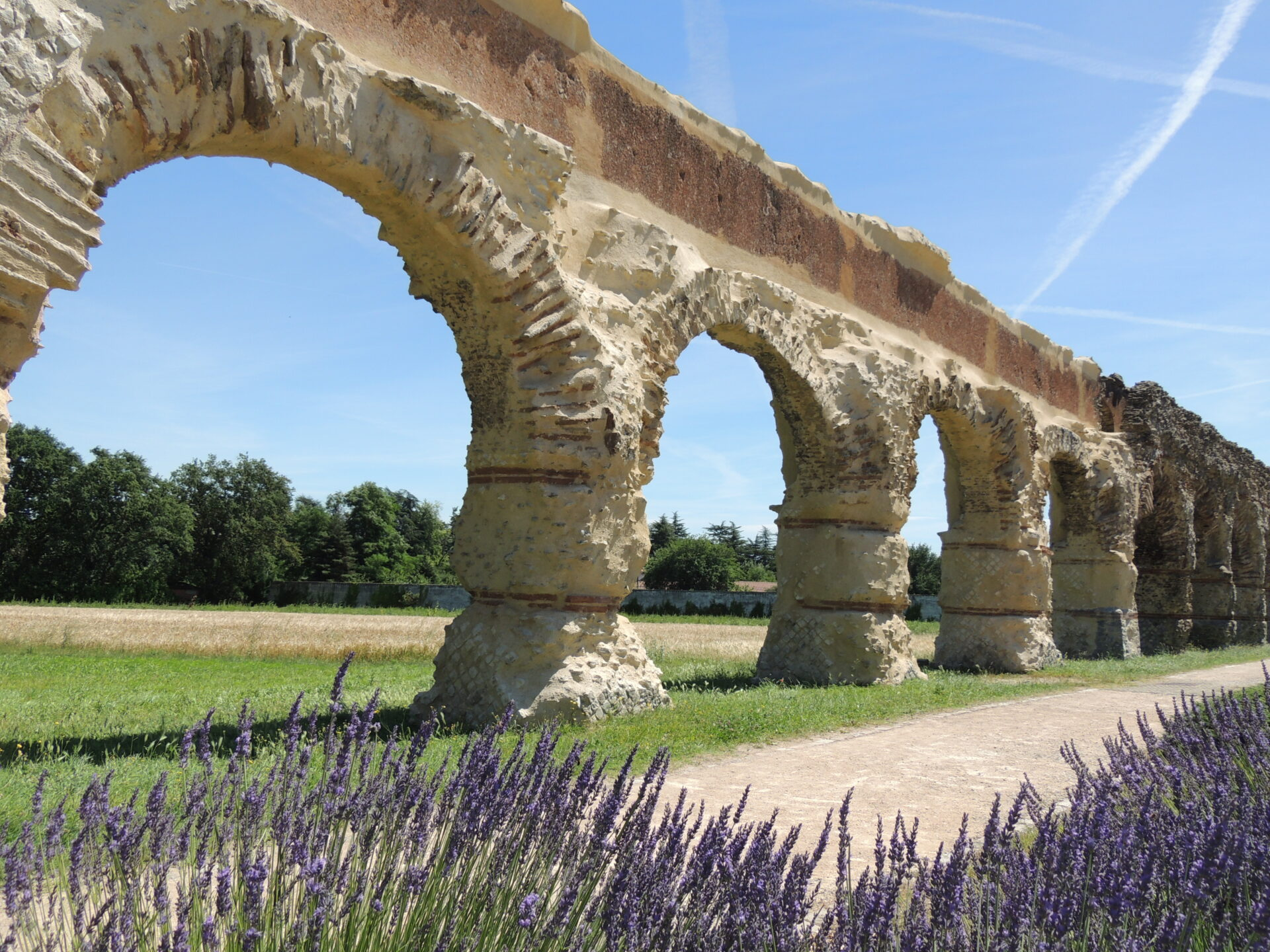 Aqueduc romain du Gier_copyright OTIMDL
