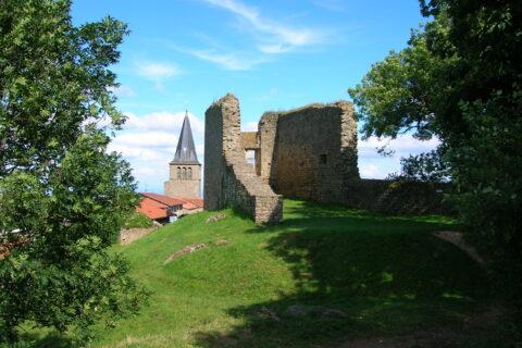 Châteaux, chapelles et autres monuments
