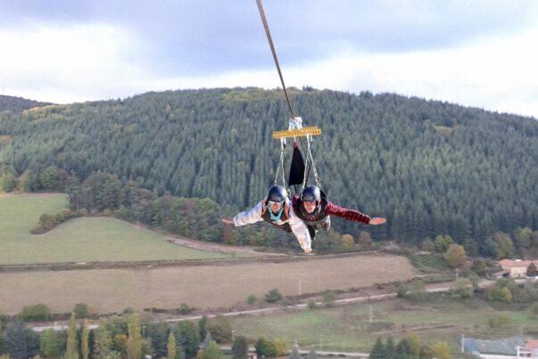 On a testé pour vous la tyrolienne géante : le Fantasticable